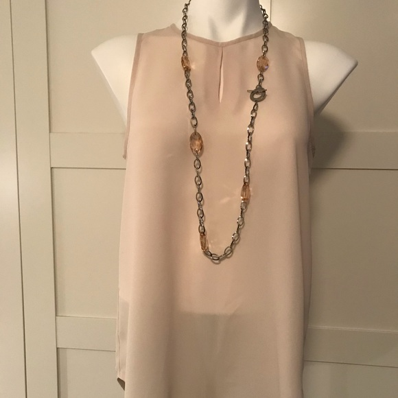 Violet & Claire Tops - Violet + Claire Sheer Sleeveless Peephole Blouse